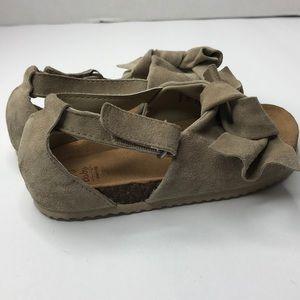 Zara Baby Leather Sandals with Bow Sz. 8